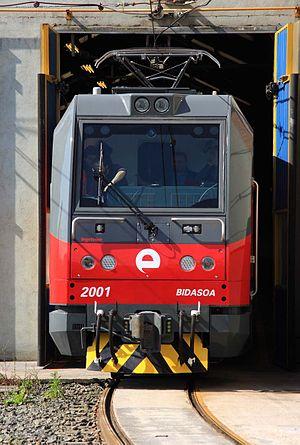 """Eusko Trenbideak – Ferrocarriles Vascos - Locomotive EuskoKargo TD 2001 BB """"Bidasoa"""" in Lutxana Workshop (Erandio)."""