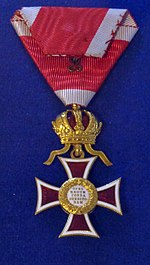 Order of Leopold knight badge reverse (Austria 1900) - Tallinn Museum of Orders.jpg