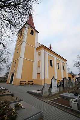 Overview of Church of Saint Bartholomew in Koněšín, Třebíč District.JPG