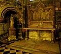 P1010103 Paris Ier8Eglise Saint-Germain l'Auxerrois chapelle autel et statue reductwk.JPG