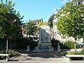 P1070110 Monument aux morts Sarlat.JPG