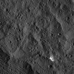 PIA20398-Ceres-DwarfPlanet-Dawn-4thMapOrbit-LAMO-image44-20160125.jpg