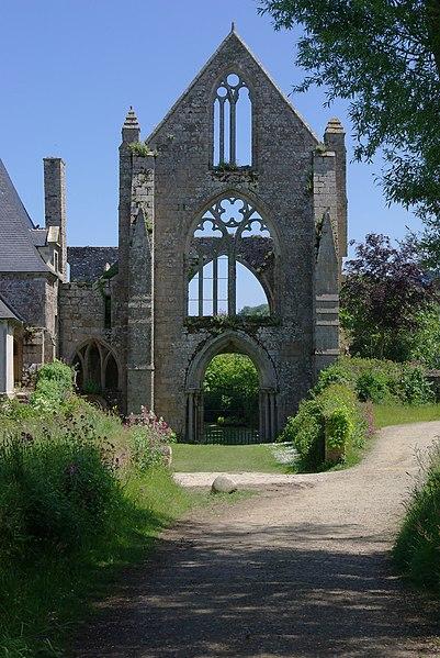 Beauport abbey (XIIIth century): remains of the facade. Kérity, Paimpol, Côtes d'Armor, France.