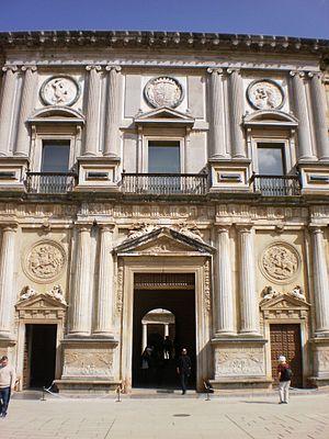 Palacio de Carlos V 02