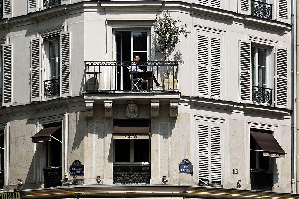 Cafe Rue St Maur Jp Timbaud