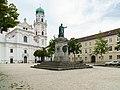 Passau Max-Denkmal-02.JPG