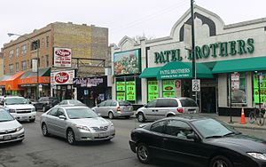 Devon Avenue (Chicago) - another view