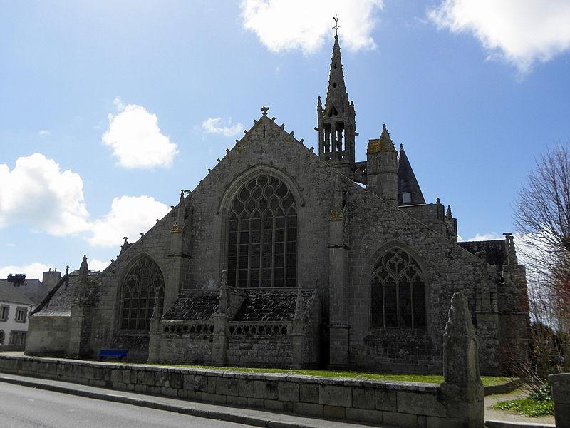 Extérieur de l'église Saint-Nonna de Penmarc'h (29). Chevet.