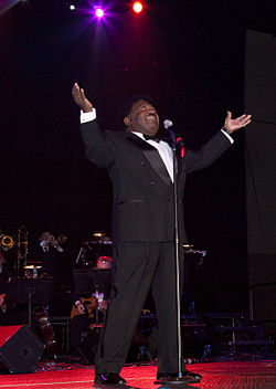 Percy sledge at the alabama music hall of fame concert