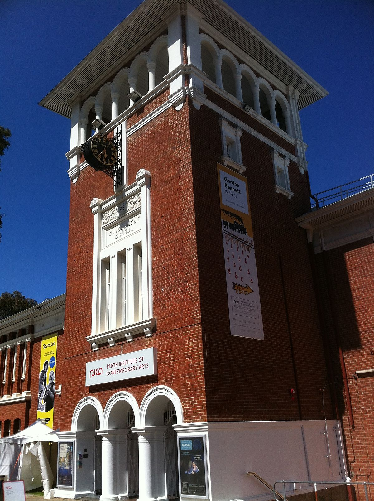 Dating history in Perth