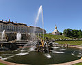 Peterhof SampsonFountain.jpg