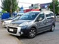 Peugeot Partner Tepee Outdoor 1.6 HDi 2011 (15423860932).jpg