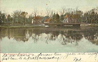 Rippowam River - Image: Postcard Stamford CT Rippowam River Bridge Houses 1906