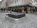 Prantl-Stein Nürnberg Hauptmarkt 03.JPG