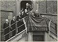 Prins Bernhard en Burgemeester Reinalda op het bordes van het stadhuis.JPG