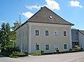 Römisch-katholisches Pfarramt in Gschwandt bei Gmunden.JPG