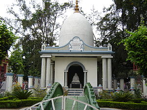 Rani Rashmoni - Shrine dedicated to Rani Rashmoni within the precincts of Dakshineswar Kali Temple