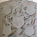 Ravensburg Gesellschaftskapelle Epitaph Humpis 1728 Wappen.jpg