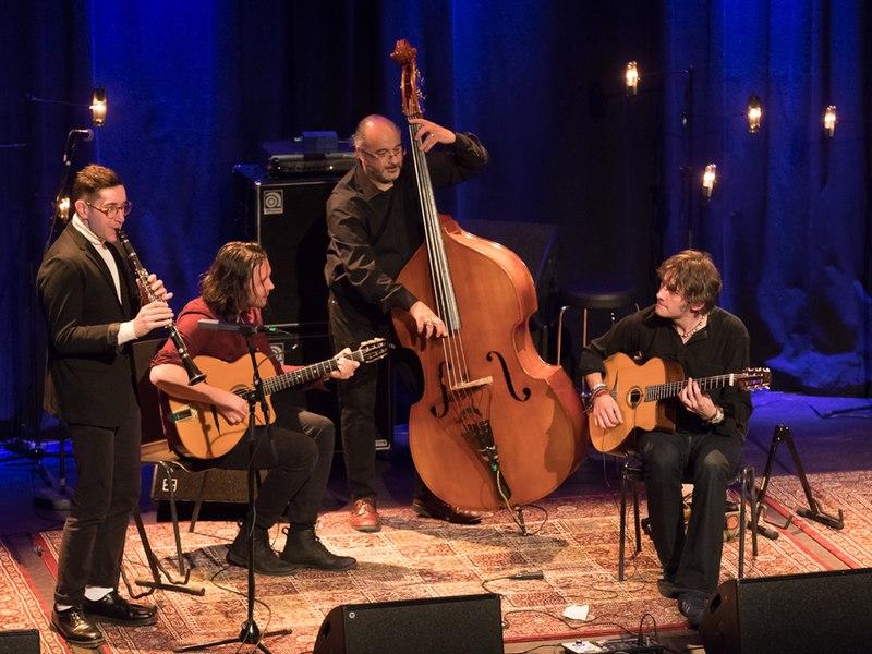 File:Remi Harris Trio Cosmopolite (224929).jpg