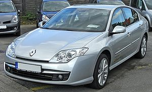 Renault Laguna III Phase I front.JPG