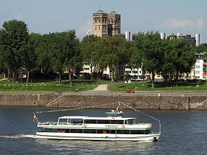 Rheinperle (ship, 1967) 009.jpg