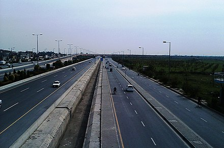 Ring road towards Allama Iqbal International Airport Ring Road, Lahore near Allama Iqbal International Airport.jpg