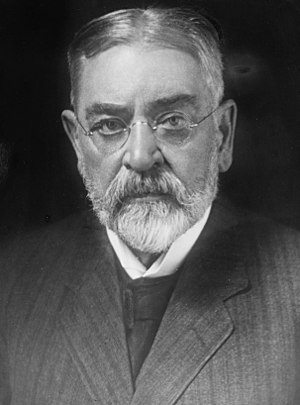 Robert Todd Lincoln - Image: Robert Todd Lincoln Harris and Ewing