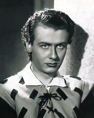 Roberto Villa (actor) - Villa in a scene of the film The Fornaretto of Venice (1939)