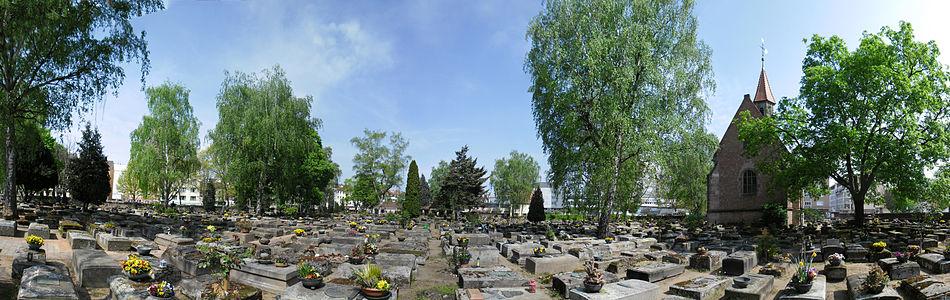 Rochusfriedhof Panorama 3.jpg