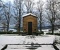 Rommenhöller-Denkmal Herste 02.jpg