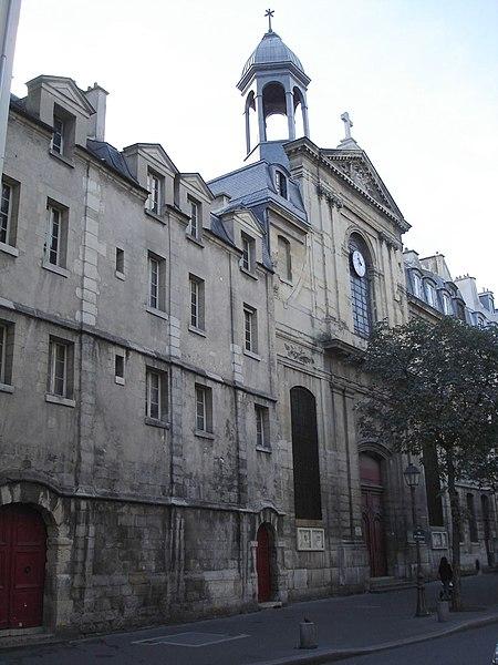 Fichier:Rue des Archives-Eglise des Billettes.JPG