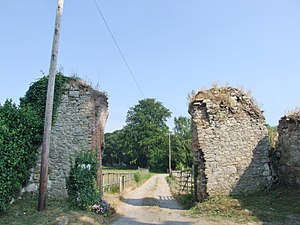Boxley Abbey - Ruins of the Abbey's gateway
