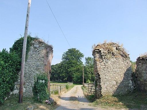 Ruins of Boxley Abbey gateway