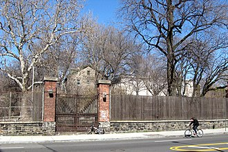 Brooklyn Navy Yard - Base housing at Ryerson Avenue gate