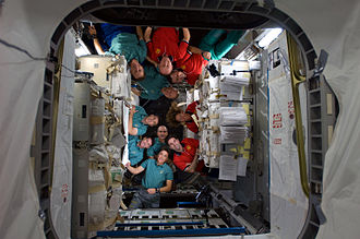 STS-126 ISS and Endeavour crews 02.jpg