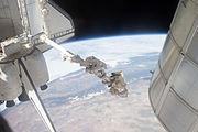 STS-135 EVA Mike Fossum 5