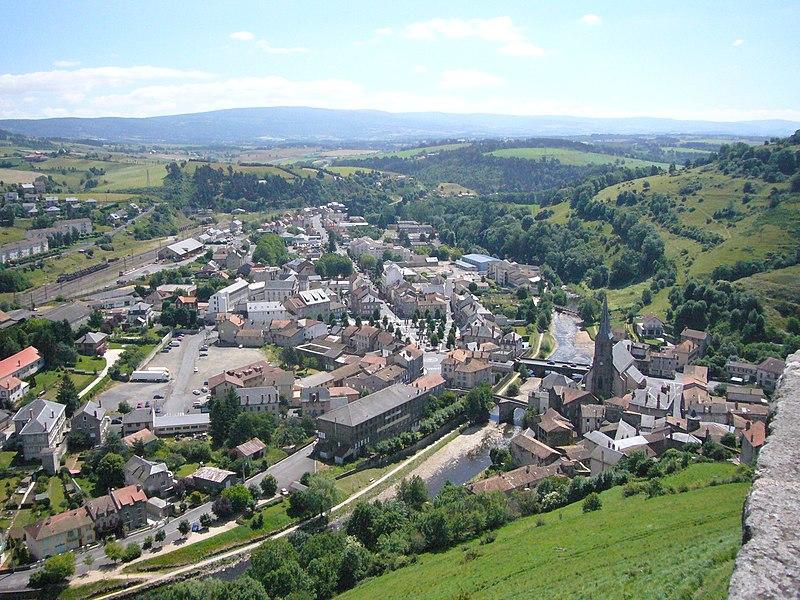 Fichier:Saint-Flour - ville basse.JPG
