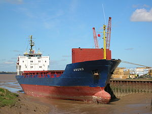 Ship Anund in Barrow Haven (port) - Photo taken at low tide - 28 April 2006.jpg