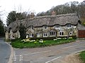 Shorwell- cottages on the corner of New Barn Lane (geograph 3896806).jpg