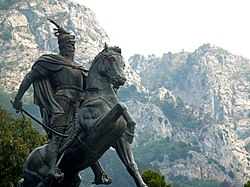 File:Skanderbeg Monument in Krujë.jpg. By: http://www.flickr.com/people/23442653@N00 d_proffer