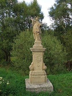 Socha sv. Jana Nepomuckého (Ústí), na hrázi řeky Bečvy, Ústí.JPG