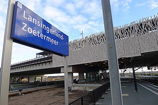 Lansingerland-Zoetermeer railway station railway station in Zoetermeer
