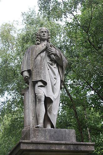 Isaac Watts - Statue of Isaac Watts, Abney Park Cemetery