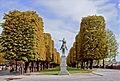 Statue of Simón Bolívar, Paris 2012.jpg