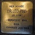 Stolperstein Höxter Marktstraße 12 Leo Pins.jpg