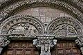 Tímpano de la portada de la Basílica de San Vicente (Ávila).jpg