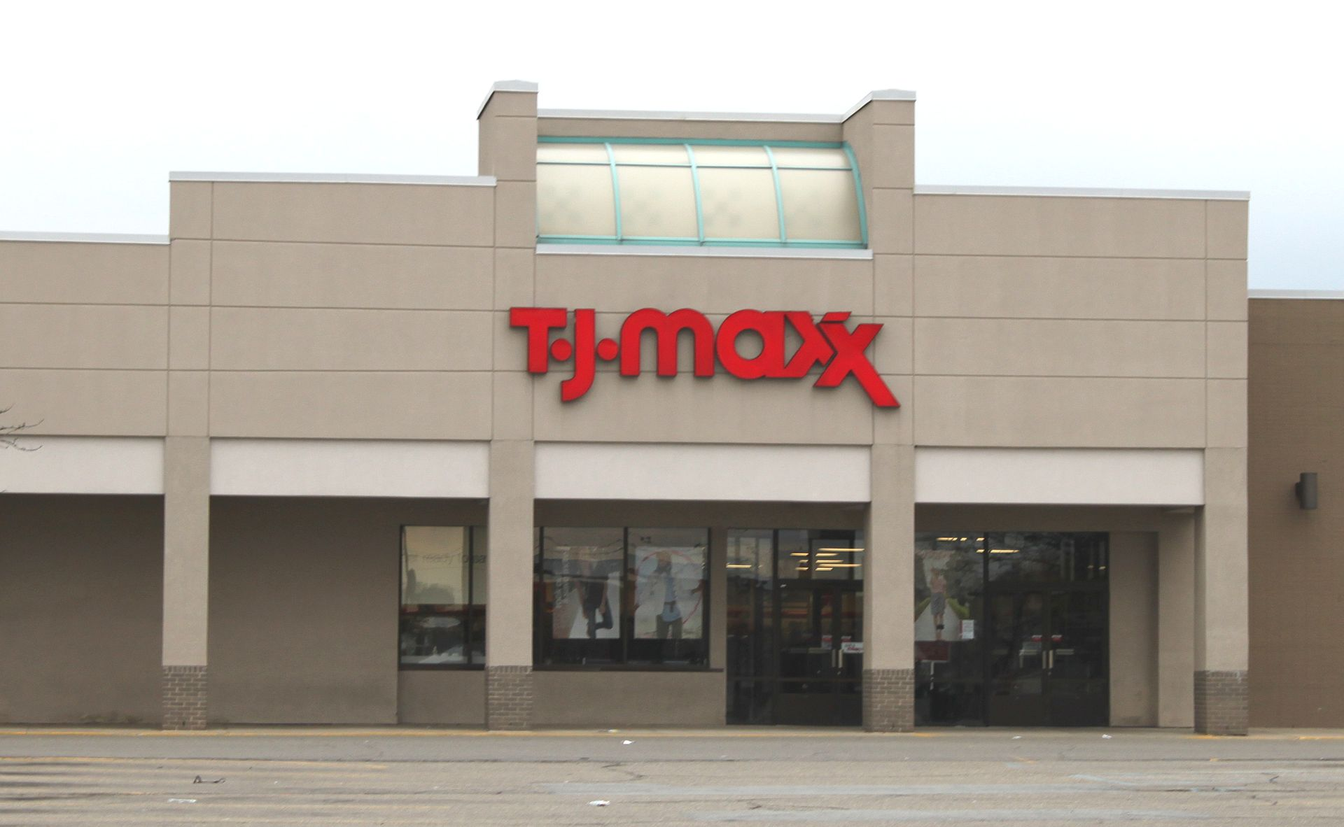 Jul 14,  · Dunia Plaza to add five new businesses, including TJ Maxx, HomeGoods and 24 Hour Fitness.