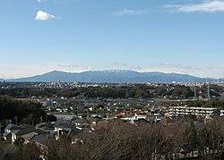 Tanzawa mountains from yokohama.JPG