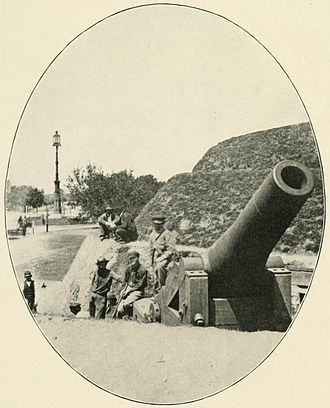 The Battery (Charleston) - Closeup of a Columbiad at South Battery (1863)
