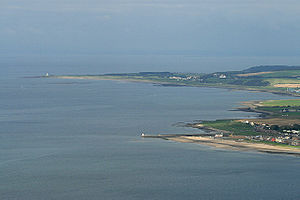 English: The Ayrshire coastline A telephoto sh...